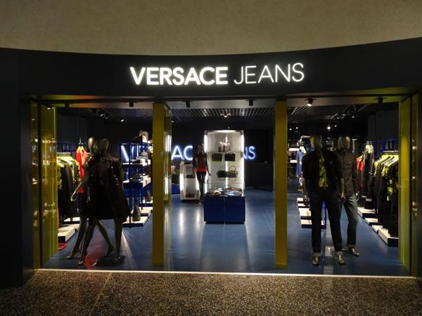 Decoração de lojas de jeans (12)
