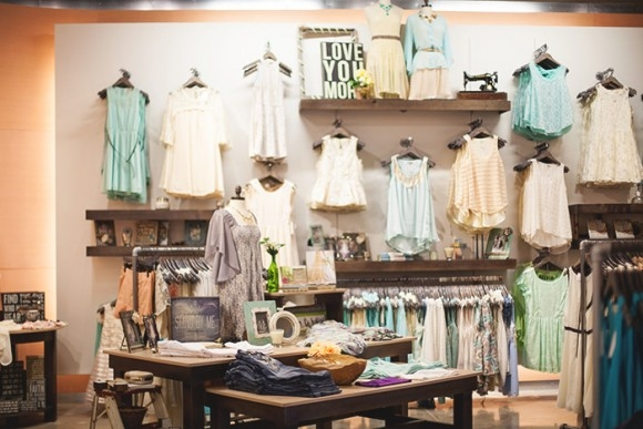 Decoração de Lojas de Roupa Feminina (22)