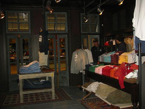 Decoração de Lojas de roupa para Adolescentes (16)