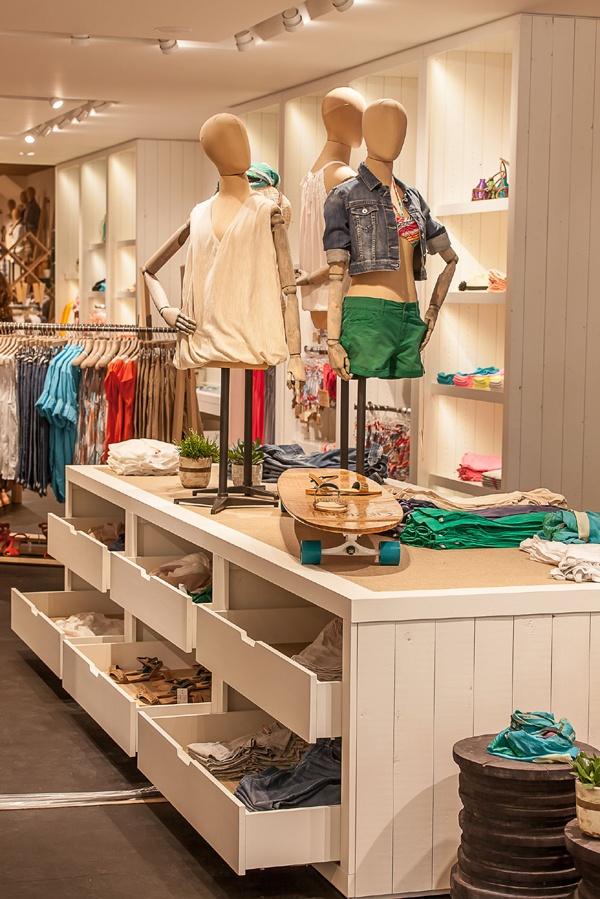 Decoração de Lojas de roupa para Adolescentes (22)