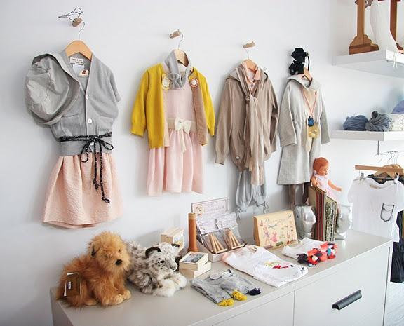 Decoração de loja de roupa infantil (12)