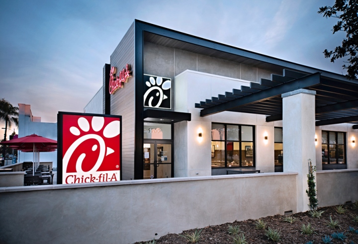 Chick-fil-A-Restaurant-by-CRHO-Pasadena-California-02