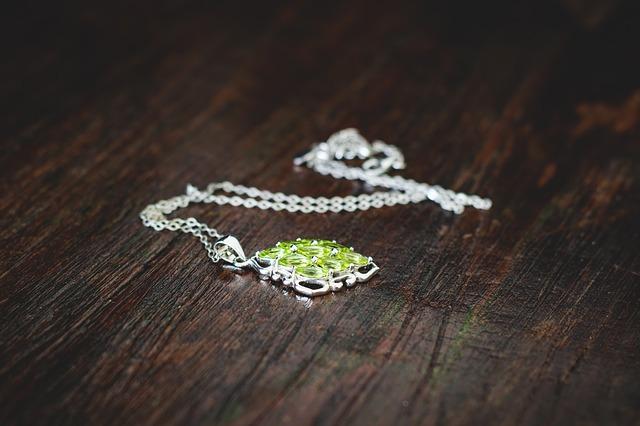 10 Ideias para aumentar as vendas de uma loja de bijuterias