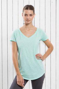 T-shirt mulher decote em V