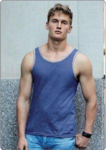 t-shirt de homem manga cavada - como escolher t-shirts para estampar